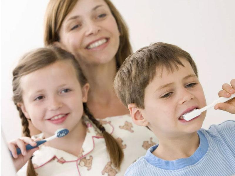 Çocuklara Diş Fırçalama Nasıl Sevdirilebilir?