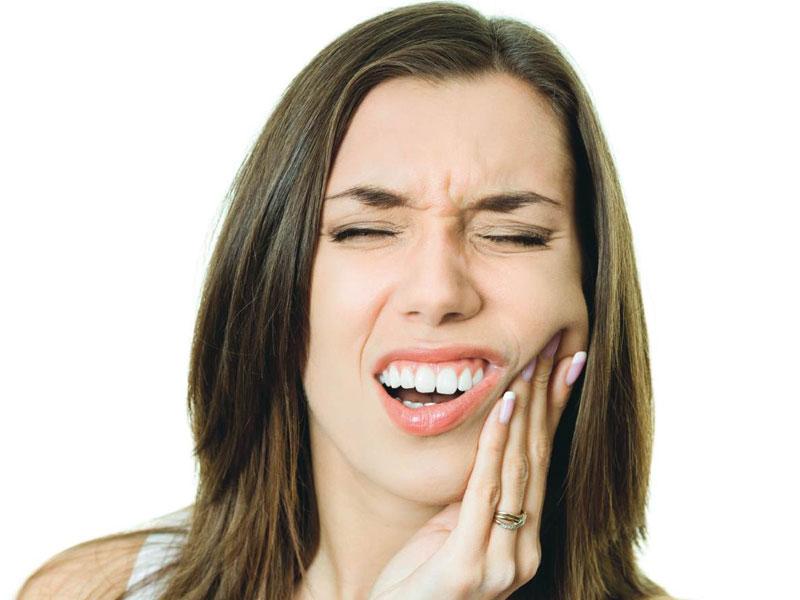 Diş Bakımıyla İlgili Doğru Bildiğiniz Yanlışlar