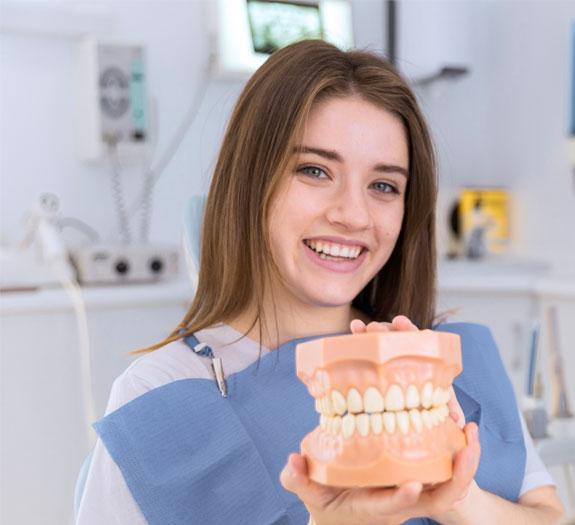 Sevgi İle Sağlıklı Dişler Beyaz Gülüşler